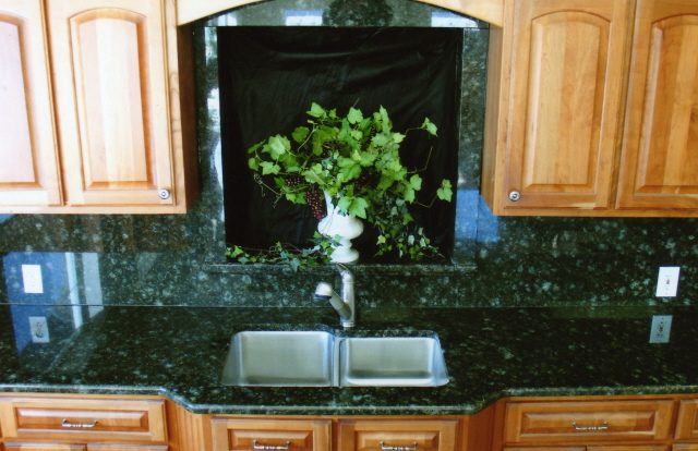 The Difference In Peacock Granite And Uba Tuba Granite4less Blog